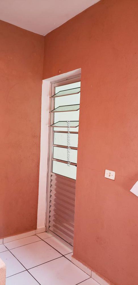 Casa Padrão aluguel Jardim Paulo VI - Referência 1297-C2